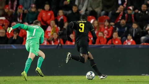 <p>               Inter Milan's Romelu Lukaku, right, scores his side's second goal during the Champions League group F soccer match between Slavia Praha and Inter Milan at the Sinobo stadium in Prague, Czech Republic, Wednesday, Nov. 27, 2019. (AP Photo/Petr David Josek)             </p>