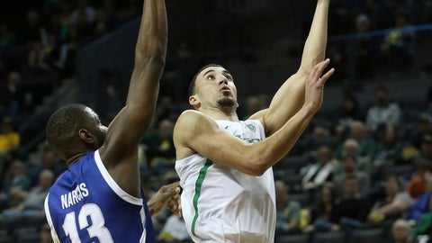 <p>               Texas-Arlington's Jabari Narcis, pressures Oregon's Chris Duarte on a shot during the first half of an NCAA college basketball game in Eugene, Ore., Sunday, Nov. 17, 2019. (AP Photo/Chris Pietsch)             </p>