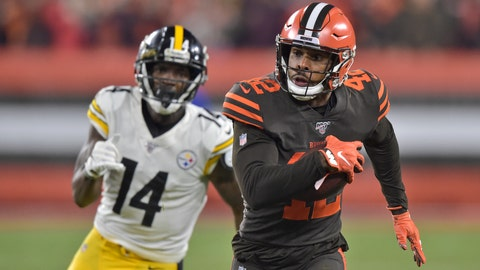 <p>               Cleveland Browns strong safety Morgan Burnett (42) returns an interception as Pittsburgh Steelers wide receiver Tevin Jones pursues during the first half of an NFL football game Thursday, Nov. 14, 2019, in Cleveland. (AP Photo/David Richard)             </p>