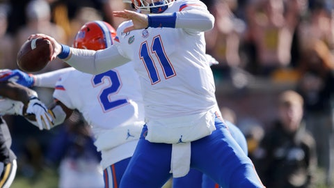 <p>               Florida quarterback Kyle Trask throws during the first half of an NCAA college football game against Missouri, Saturday, Nov. 16, 2019, in Columbia, Mo. (AP Photo/Jeff Roberson)             </p>