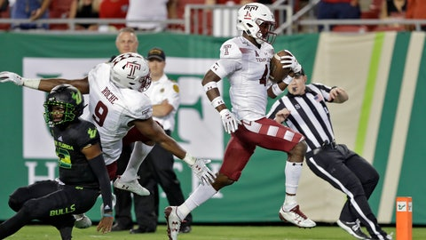 <p>               Temple linebacker Sam Franklin (4) runs a South Florida fumble back for a touchdown during the second half of an NCAA college football game Thursday, Nov. 7, 2019, in Tampa, Fla. (AP Photo/Chris O'Meara)             </p>