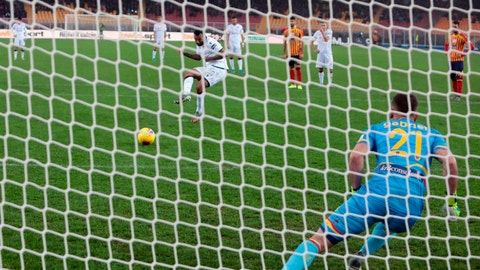 <p>               Cagliari's Joao Pedro scores his side's opening goal from the penalty spot during the Italian Serie A soccer match between Lecce and Cagliari at the Via del Mare stadium in Lecce, Italy, Monday, Nov. 25, 2019. (Marco Lezzi/ANSA via AP)             </p>