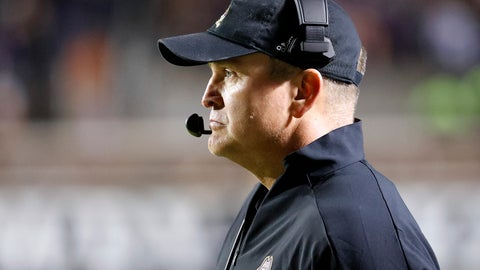 <p>               East Carolina head coach Mike Houston watches from the sideline during the first half of an NCAA college football game against Cincinnati in Greenville, N.C., Saturday, Nov. 2, 2019. (AP Photo/Karl B DeBlaker)             </p>