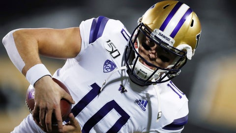 <p>               Washington quarterback Jacob Eason catches a pass as he warms up for the team's NCAA college football game against Colorado on Saturday, Nov. 23, 2019, in Boulder, Colo. (AP Photo/David Zalubowski)             </p>