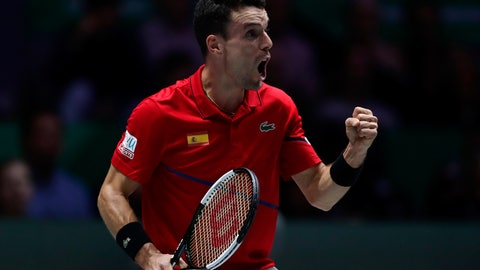 <p>               Spain's Roberto Bautista Agut reacts after scoring a point against Canada's Felix Auger-Aliassime during their tennis singles match of the Davis Cup final in Madrid, Spain, Sunday, Nov. 24, 2019. (AP Photo/Manu Fernandez)             </p>