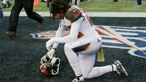<p>               Tampa Bay Buccaneers cornerback Vernon III Hargreaves kneels in the end zone after the Seattle Seahawks defeated his team in overtime in an NFL football game, Sunday, Nov. 3, 2019, in Seattle. (AP Photo/John Froschauer)             </p>