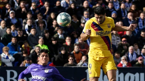 <p>               Barcelona's Luis Suarez, right, scores his side's opening goal during a Spanish La Liga soccer match between Leganes and FC Barcelona at the Butarque stadium in Madrid, Spain, Saturday Nov. 23, 2019. (AP Photo/Paul White)             </p>