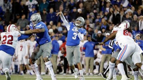 <p>               Memphis quarterback Brady White (3) passes against SMU in the first half of an NCAA college football game Saturday, Nov. 2, 2019, in Memphis, Tenn. (AP Photo/Mark Humphrey)             </p>