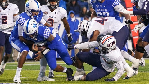 <p>               Kentucky quarterback Lynn Bowden Jr. (1) dives into the end zone for a touchdown during the first half of an NCAA college football game against UT Martin, Saturday, Nov. 23, 2019, in Lexington, Ky. (AP Photo/Bryan Woolston)             </p>