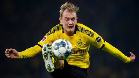 <p>               Borussia Dortmund's Julian Brandt controls the ball during a German Bundesliga soccer match against SC Paderborn 07, Friday, Nov. 21, 2019, in Dortmund, Germany. (David Inderlied/dpa via AP)             </p>
