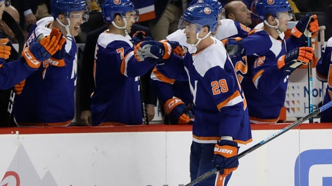 <p>               New York Islanders' Brock Nelson (29) celebrates with teammates after scoring a goal during the third period of an NHL hockey game against the Pittsburgh Penguins Thursday, Nov. 21, 2019, in New York. The Islanders won 4-3. (AP Photo/Frank Franklin II)             </p>