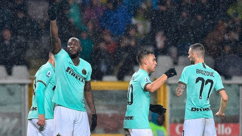 <p>               Inter's Romelu Lukaku, left, celebrates after scoring a goal during the Italian Serie A soccer match between Torino FC and Inter Milan at the Olimpico Grande Torino stadium in Turin, Italy, Saturday, Nov. 23, 2019. (Di Marco/ANSA via AP)             </p>