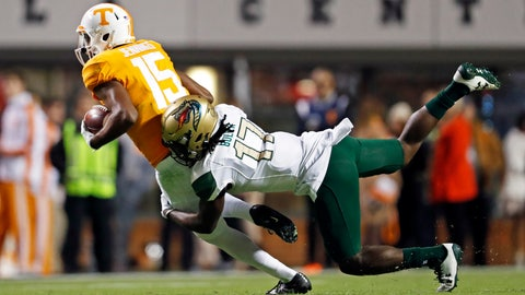 <p>               Tennessee wide receiver Jauan Jennings (15) tries to escape from UAB safety Will Boler (17) in the first half of an NCAA college football game, Saturday, Nov. 2, 2019, in Knoxville, Tenn. (AP Photo/Wade Payne)             </p>