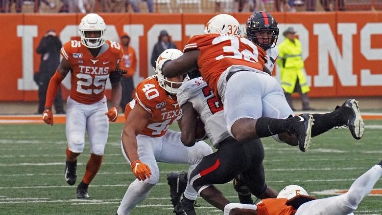 Texas rolls over Texas Tech on Senior Day, 49-24