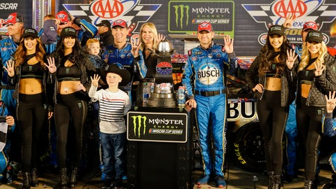 FORT WORTH, TX - NOVEMBER 03: Monster Energy NASCAR Cup Series driver Kevin Harvick (4) celebrates in victory lane after winning the Monster Energy NASCAR Cup Series AAA Texas 500 on November 03, 2019 at the Texas Motor Speedway in Fort Worth, Texas. (Photo by Matthew Pearce/Icon Sportswire via Getty Images)