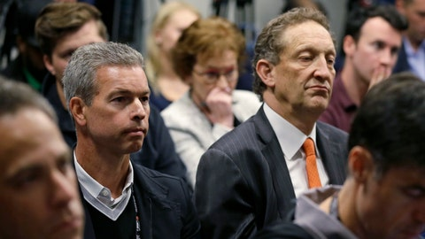 <p>               San Francisco Giants board member Rob Dean, left, and CEO Larry Baer, right, listen during a news conference introducing new manager Gabe Kapler at Oracle Park Wednesday, Nov. 13, 2019, in San Francisco. Gabe Kapler has been hired as manager of the San Francisco Giants, a month after being fired from the same job by the Philadelphia Phillies. Kapler replaces Bruce Bochy, who retired at the end of the season following 13 years and three championships with San Francisco. (AP Photo/Eric Risberg)             </p>