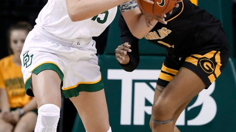 <p>               Baylor forward Lauren Cox, left, grabs a defensive rebound in front of Grambling State's Jasmine Forte, right, in the second half of an NCAA college basketball game in Waco, Texas, Friday, Nov. 8, 2019. (AP Photo/Tony Gutierrez)             </p>