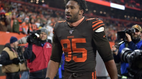 <p>               Cleveland Browns defensive end Myles Garrett walks off the field after he was ejected late in the fourth quarter of an NFL football game against the Pittsburgh Steelers, Thursday, Nov. 14, 2019, in Cleveland. The Browns won 21-7. (AP Photo/David Richard)             </p>