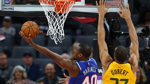<p>               Sacramento Kings forward Harrison Barnes, left, goes to the basket next to Utah Jazz center Rudy Gobert during the first quarter of an NBA basketball game in Sacramento, Calif., Friday, Nov. 1, 2019. (AP Photo/Rich Pedroncelli)             </p>