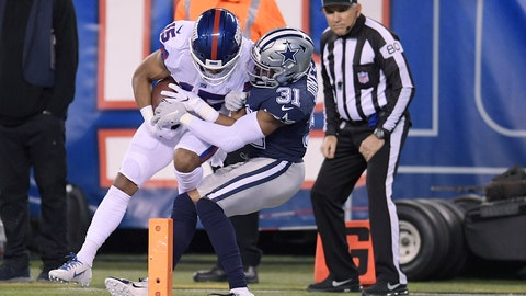 <p>               New York Giants wide receiver Golden Tate (15) comes down with a catch just in front of the goal line against Dallas Cowboys cornerback Byron Jones (31) during the second quarter of an NFL football game, Monday, Nov. 4, 2019, in East Rutherford, N.J. (AP Photo/Bill Kostroun)             </p>