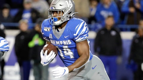 <p>               Memphis' Antonio Gibson runs 78 yards for a touchdown against SMU during the second half of an NCAA college football game Saturday, Nov. 2, 2019, in Memphis, Tenn. Memphis won 54-48. (AP Photo/Mark Humphrey)             </p>
