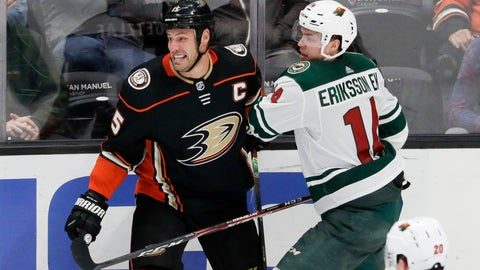 <p>               Minnesota Wild center Joel Eriksson Ek, right, checks Anaheim Ducks center Ryan Getzlaf during the third period of an NHL hockey game in Anaheim, Calif., Tuesday, Nov. 5, 2019. (AP Photo/Chris Carlson)             </p>