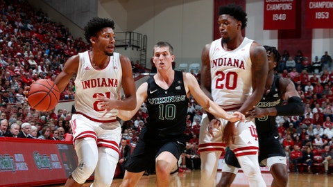 Indiana Hoosiers forward Jerome Hunter (21) drives to the basket against Portland State Vikings guard Matt Hauser (10) during the first half at Simon Skjodt Assembly Hall.