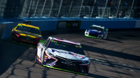 AVONDALE, ARIZONA - NOVEMBER 10: Denny Hamlin, driver of the #11 FedEx Ground Toyota, races during the Monster Energy NASCAR Cup Series Bluegreen Vacations 500 at ISM Raceway on November 10, 2019 in Avondale, Arizona. (Photo by Jared C. Tilton/Getty Images)
