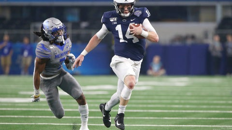 <p>               Penn State quarterback Sean Clifford (14) carries the ball as Memphis defensive back Chris Claybrooks (7) closes in during the first half of the NCAA Cotton Bowl college football game, Saturday, Dec. 28, 2019, in Arlington, Texas. (AP Photo/Ron Jenkins)             </p>