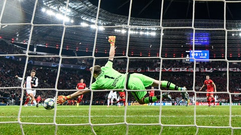 <p>               Leverkusen's goalkeeper Lukas Hradecky receives the second goal by Juventus' Gonzalo Higuain during the Champions League Group D soccer match between Bayer Leverkusen and Juventus at the BayArena in Leverkusen, Germany, Wednesday, Dec. 11, 2019. (AP Photo/Martin Meissner)             </p>