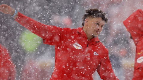 <p>               Kansas City Chiefs quarterback Patrick Mahomes (15) warms up in the snow before an NFL football game against the Denver Broncos in Kansas City, Mo., Sunday, Dec. 15, 2019. (AP Photo/Charlie Riedel)             </p>