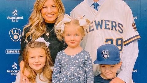 Josh Lindblom, Brewers pitcher