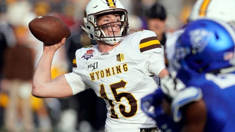 Wyoming rolls over Georgia State 38-17 in Arizona Bowl