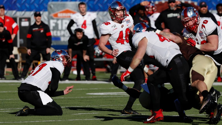 Western Kentucky wins First Responder Bowl 23-20 on FG