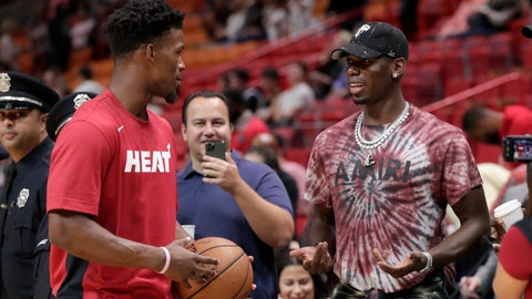 <p>               Miami Heat forward Jimmy Butler, left, talks with Manchester United midfielder Paul Pogba, right, before a NBA basketball game between the Miami Heat and New Orleans Pelicans, Saturday, Nov. 16, 2019, in Miami. (AP Photo/Lynne Sladky)             </p>