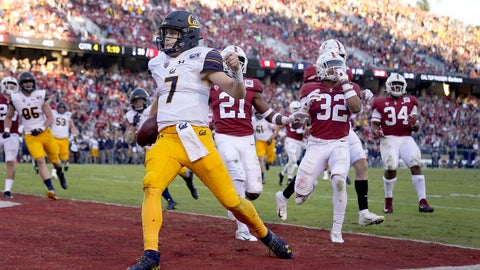 <p>               California quarterback Chase Garbers (7) scores the winning touchdown against Stanford during the second half of an NCAA college football game Saturday, Nov. 23, 2019 in Stanford, Calif. California won 24-20. (AP Photo/Tony Avelar)             </p>
