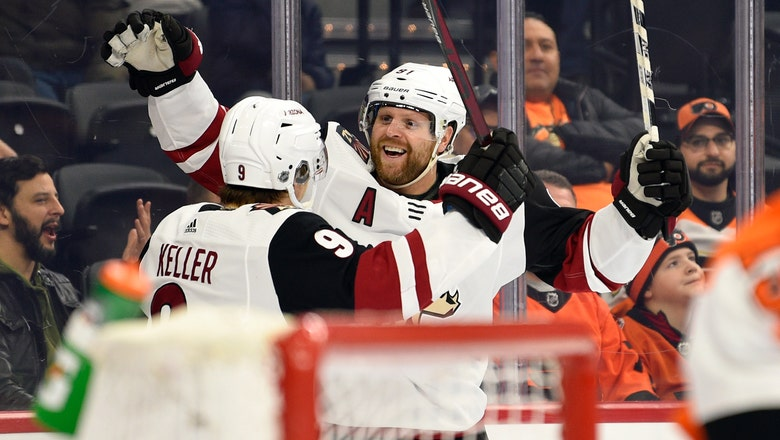 Kessel scores twice, leads Coyotes past Flyers 3-1
