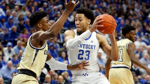 <p>               Kentucky's EJ Montgomery, right, looks for an opening on Georgia Tech's Khalid Moore, left, during the first half of an NCAA college basketball game in Lexington, Ky., Saturday, Dec. 14, 2019. (AP Photo/James Crisp)             </p>