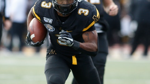 <p>               Appalachian State running back Darrynton Evans (3) takes the handoff from quarterback Zac Thomas (12) and runs for his second touchdown of the first half of an NCAA college football game in the Sun Belt Football Championship against Louisiana-Lafayette on Saturday, Dec. 7, 2019, in Boone, N.C. (AP Photo/Brian Blanco)             </p>