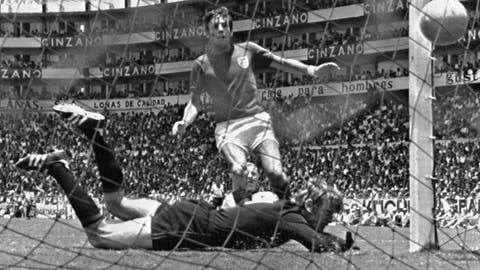 <p>               FILE - In this June 14, 1970 file photo, England's Martin Peters scores his country's second goal in the world cup quarter final against West Germany at Leon, Mexico. Peters, who scored one of England's goals in its victory over West Germany in the 1966 World Cup final, has died after a long battle with Alzheimer's disease. He was 76. Peters' family announced his death on Saturday, Dec. 21, 2019 via a statement through English soccer club West Ham, saying he passed away peacefully in his sleep. (AP Photo, File)             </p>