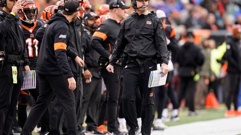 <p>               Cincinnati Bengals head coach Zac Taylor watches during the first half of an NFL football game against the Cleveland Browns, Sunday, Dec. 29, 2019, in Cincinnati. (AP Photo/Bryan Woolston)             </p>