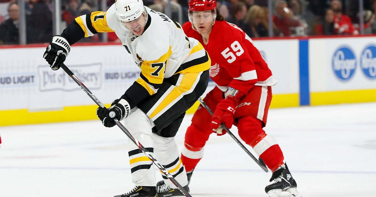 Malkin, Penguins top Red Wings 5-3 for 11th straight win
