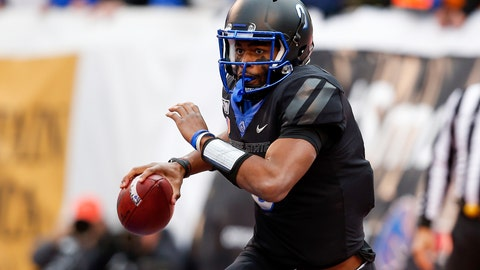 <p>               Boise State quarterback Jaylon Henderson (9) scrambles with the ball against Hawaii during the first half of an NCAA college football game for the Mountain West Championship Saturday, Dec. 7, 2019, in Boise, Idaho. (AP Photo/Steve Conner)             </p>