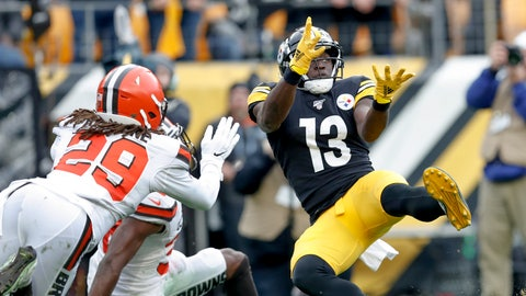 <p>               Pittsburgh Steelers wide receiver James Washington (13) makes a touchdown catch in front pop Cleveland Browns defensive back Sheldrick Redwine (29) during the first half of an NFL football game, Sunday, Dec. 1, 2019, in Pittsburgh. (AP Photo/Don Wright)             </p>