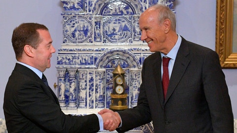 <p>               Russian Prime Minister Dmitry Medvedev, left, shakes hands with World Intellectual Property Organization (WIPO) Director General Francis Gurry in the Gorky residence outside Moscow, Russia, Wednesday, Dec. 4, 2019. (Alexander Astafyev, Sputnik, Government Pool Photo via AP)             </p>
