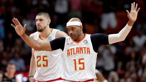 <p>               Atlanta Hawks guard Vince Carter (15) acknowledges the crowd as he is introduced during the first half of an NBA basketball game against the Miami Heat, Tuesday, Dec. 10, 2019, in Miami. (AP Photo/Lynne Sladky)             </p>