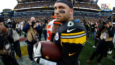 <p>               Pittsburgh Steelers quarterback Devlin Hodges (6) stands on the field with a game ball after a 20-13 Steelers win over the Cleveland Browns in an NFL football game in Pittsburgh, Sunday, Dec. 1, 2019. (AP Photo/Gene J. Puskar)             </p>