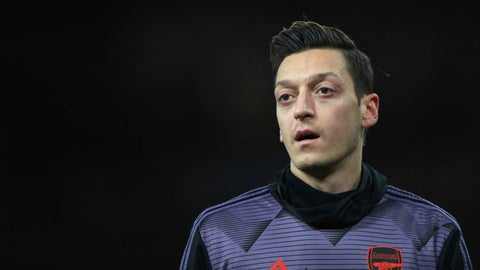<p>               Arsenal's Mesut Ozil warms up prior the English Premier League soccer match between Arsenal and Manchester City, at the Emirates Stadium in London, Sunday, Dec. 15, 2019. (AP Photo/Ian Walton)             </p>