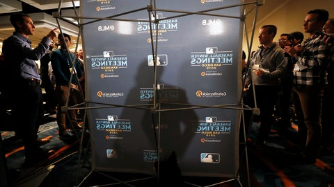 <p>               San Francisco Giants manager Gabe Kapler, center, casts a shadow as he speaks with reporters during the Major League Baseball winter meetings, Tuesday, Dec. 10, 2019, in San Diego. (AP Photo/Gregory Bull)             </p>