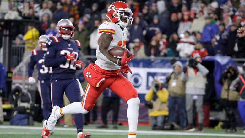 Chiefs clinch AFC West title with 23-16 win over Patriots